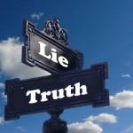 ニートは履歴書に嘘を書き、偽りの自分を演じるべきなのか