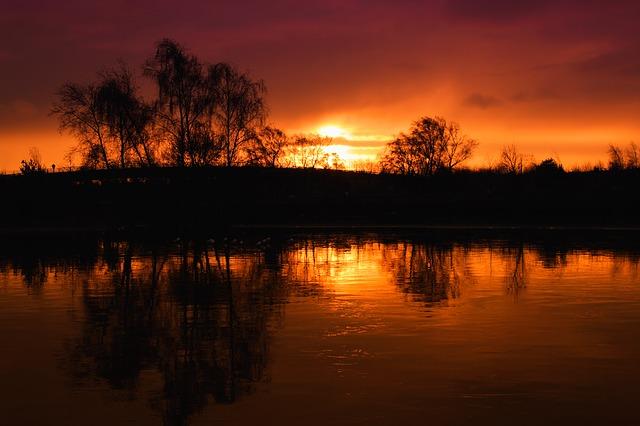 sunset-1039074_640